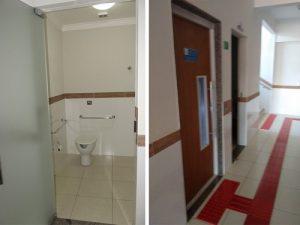 Acessibilidade total em todos banheiros, salas e acessos